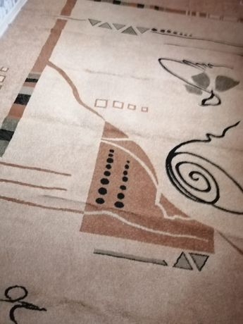 Продам ковёр в хорошем состоянии