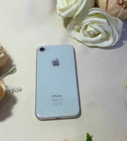 Срочно продам iPhone 8
