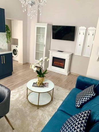 Inchiriez Apartament  cu 2 camere de lux, ultracentral
