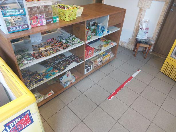 Vitrina stejar magazin