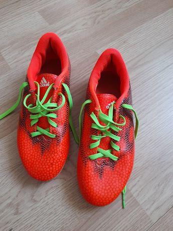 Vand adidas sport de fotbal
