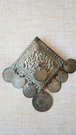 Продавам старинно украшение за колан (пафти)