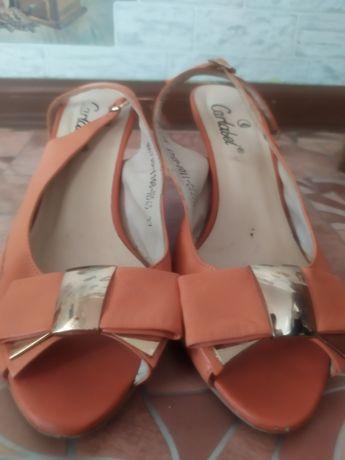 Продам туфли хорошее состояние