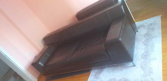 Кожен диван с масичка