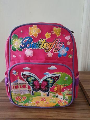 Продаю школьную сумку для девочки