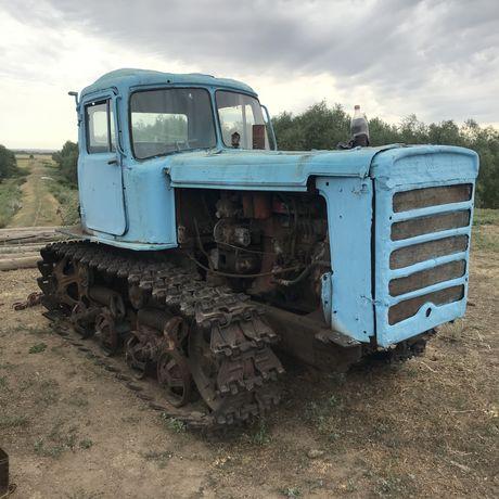 Продам трактора гусеничные  ДТ 75