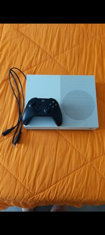 Xbox One S 1TB+1 controller+6 jocuri