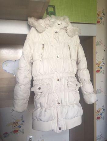 Зимняя куртка на 8-9 лет