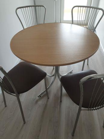 Masa bucatărie +4 scaune .