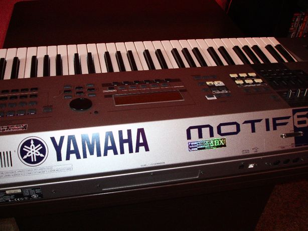 синтезатор Yamaha Motif 6