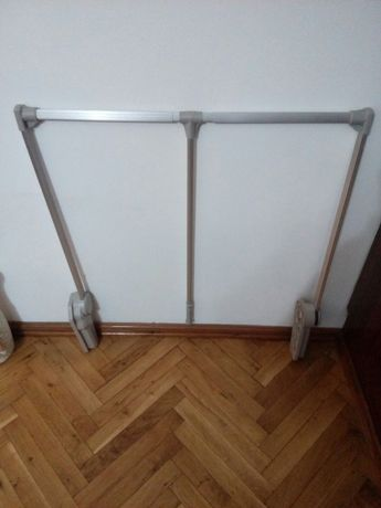 Закачалка за гардероб