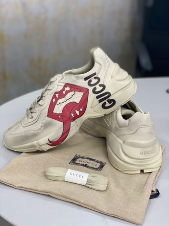 Sneakers Gucci Rhyton 42 Pe Stoc Top 2021