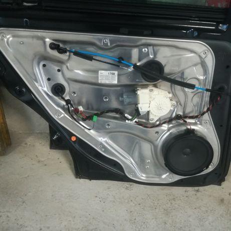 Macara electrica ,broasca,geam,ușa stânga spate Mercedes w204