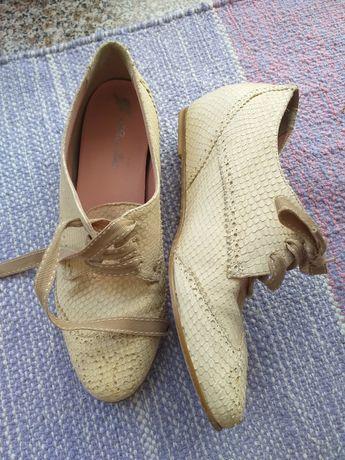Pantofi piele nr 37