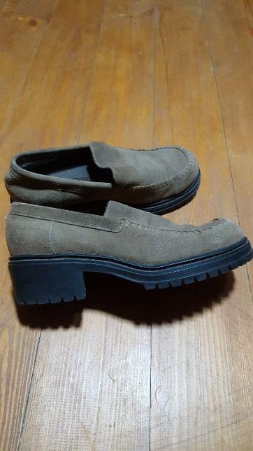pantofi suede bej