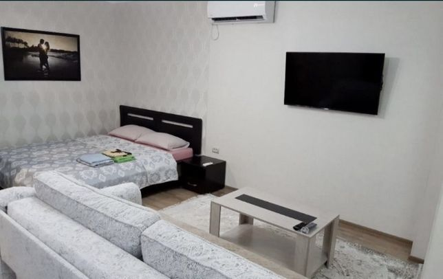 Сдается посуточно  полулюксовая  квартира цена 5.000