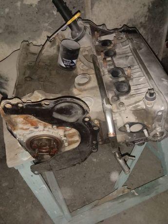 Продам мотор для Toyota Rav4