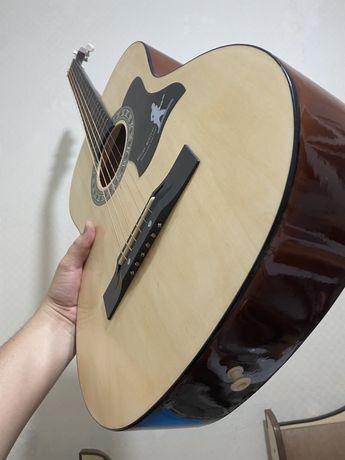 Гитара Madina