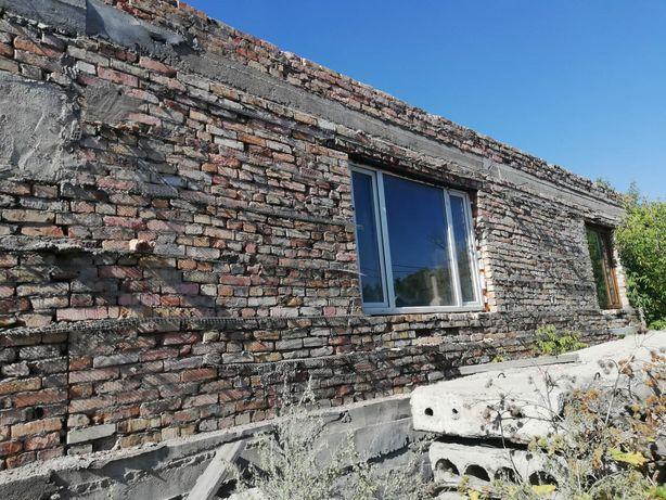 Срочно!!!Продается земельный участок с недостроенным домом