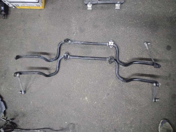 Продам оригинальный передний стабилизатор на Toyota Camry 40