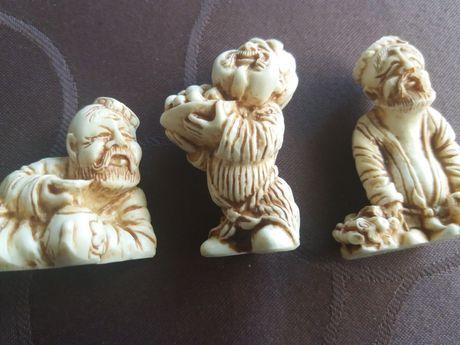 Стари фигурки -азиатски мотиви