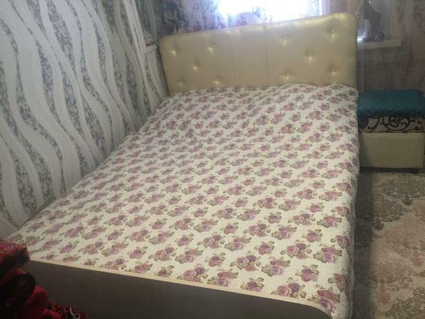 Продам спальный диван