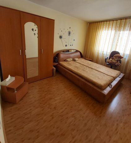 Apartament cu 2 camere în Filiași, zona Biserica Mare