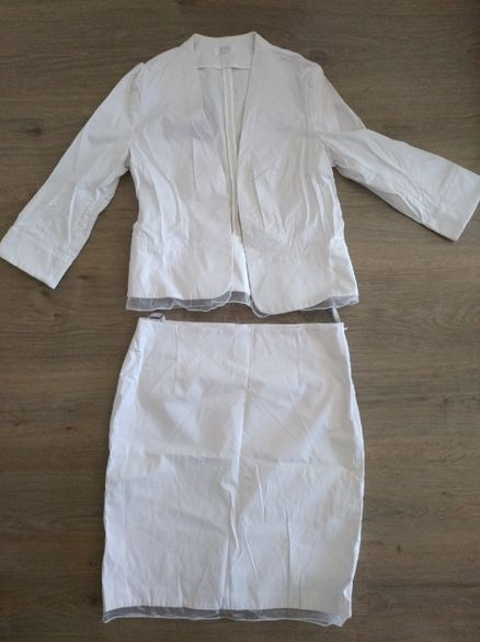 Бял костюм със шифон DiКa , и райе Blanco