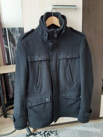 Пальто Bershka в отличном состоянии