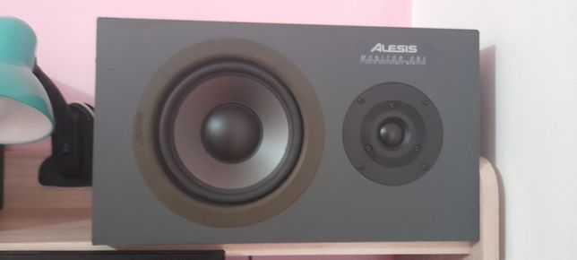 Alesis Monitor One Studio Reference monitor