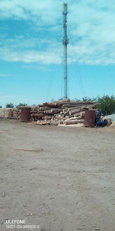 Grosu Forest vinde lemne de foc, (esenta tare ) si brichete de rumegus