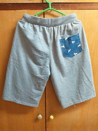 Къси панталони за лятото