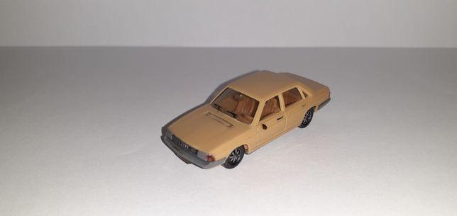 Audi 100 1:87