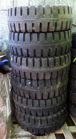 Супереластична/плътна гума 8,15-15 (28Х9-15) за мотокар