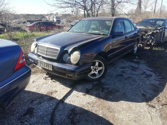 Мерцедес Е250 150 коня w210 Mercedes E250 TD на части