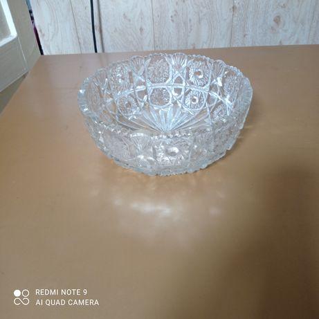 Продам вазу хрустальную (СССР)