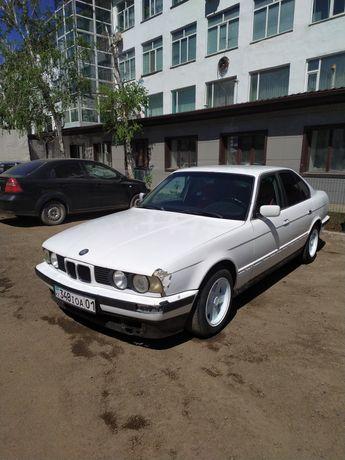 Продам BMW 520i 2.0