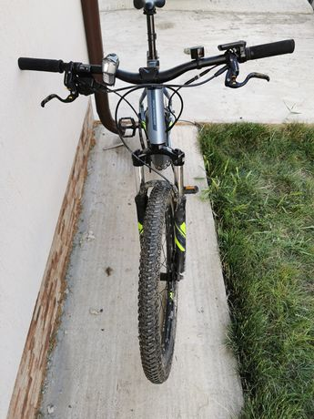 bicicleta electrica Rockrider e-st 100