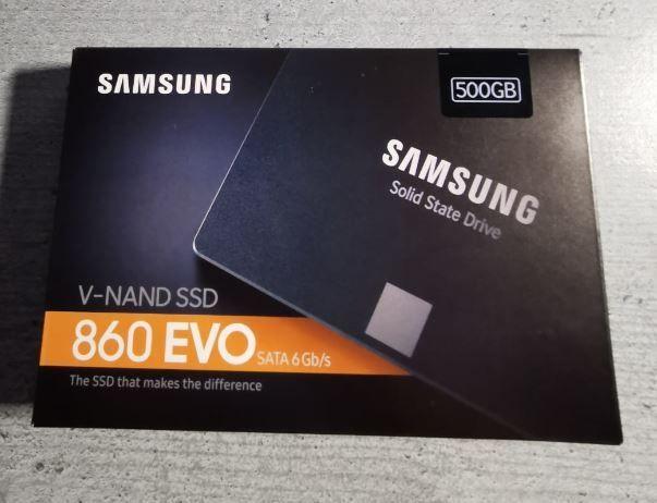 Vand SSD Samsung 860 Evo 250 GB, 500 GB, SIGILAT, garantie Tarnaveni - imagine 1