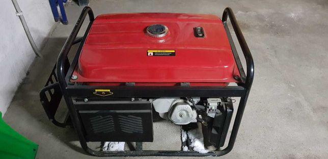 Новый генератор бензиновый 4,4 КВт Honda ZSQF 4Е со стартером