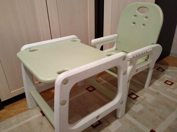 Продам стол со стульчиком