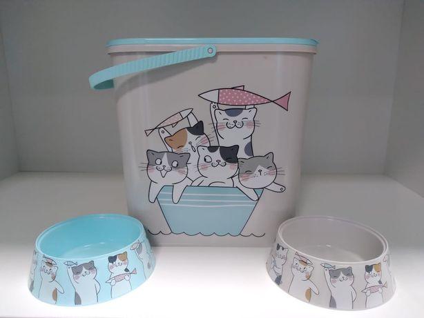Миски и контейнеры для корма