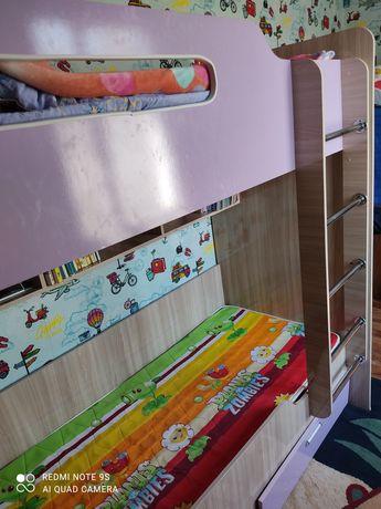 Детская двух ярусная кровать с софой