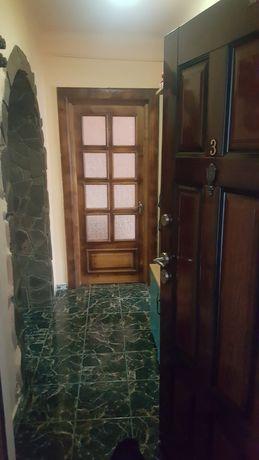 Vand apartament Nehoiu/ Schimb cu casa in imprejurimi !!!