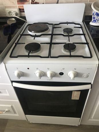 Плита газовая и электрическая с духовкой