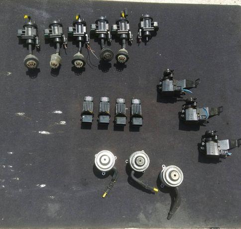 Вакуум клапани , дебитомери и др. за Мерцедес w210