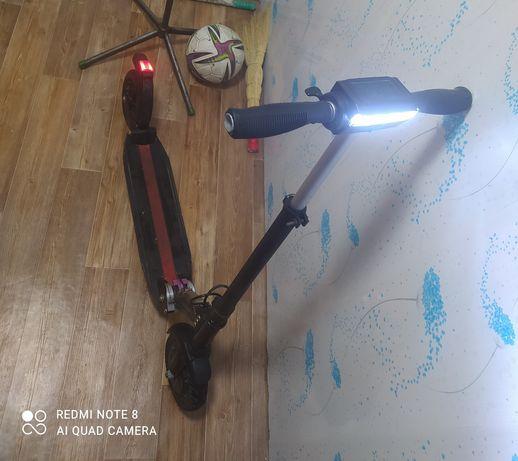 Электро самокат Kugo обмен на Телефон
