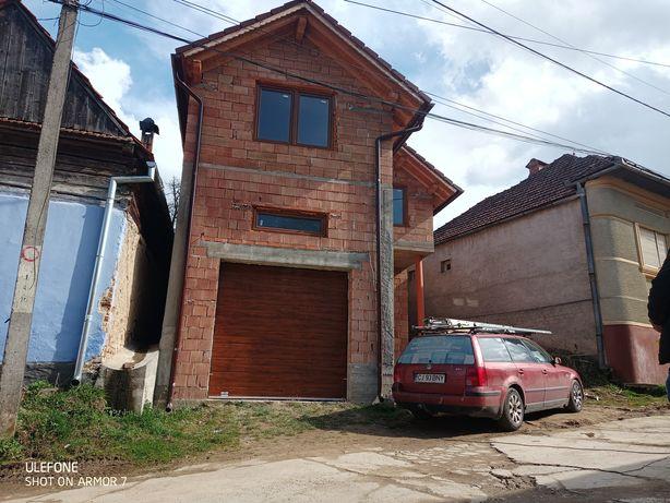 Usi Garaj Sectionale 3050x2440 - Cluj Napoca