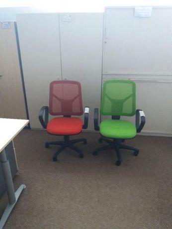 Scaun ergonomic plasa
