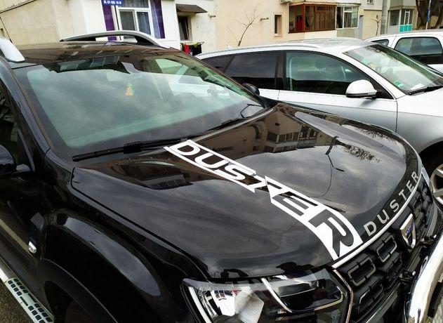 Linii sport capota Dacia Duster